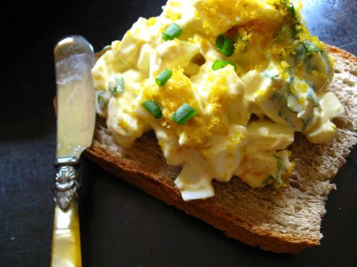egg on egg salad sandwich